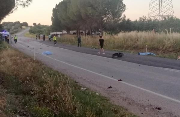 Soma'da otomobil ile motosiklet çarpıştı: 2 ölü - Sayfa 1