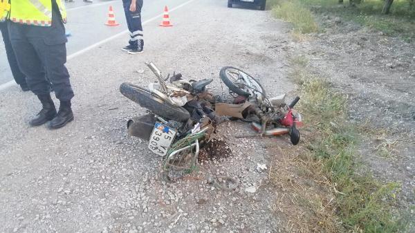 Soma'da otomobil ile motosiklet çarpıştı: 2 ölü - Sayfa 2