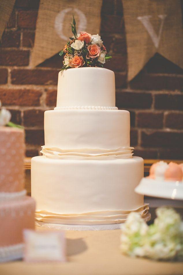 Kısıtlama nedeniyle evlenemeyen çiftler harekete geçti: Bu yaz düğün rekoru var - Sayfa 4