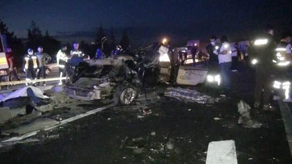 Konya'da TIR ile otomobil çarpıştı: 2 ölü - Sayfa 1