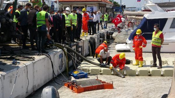 Çanakkale'de ilk gün denizden 17 ton müsilaj çekildi - Sayfa 2