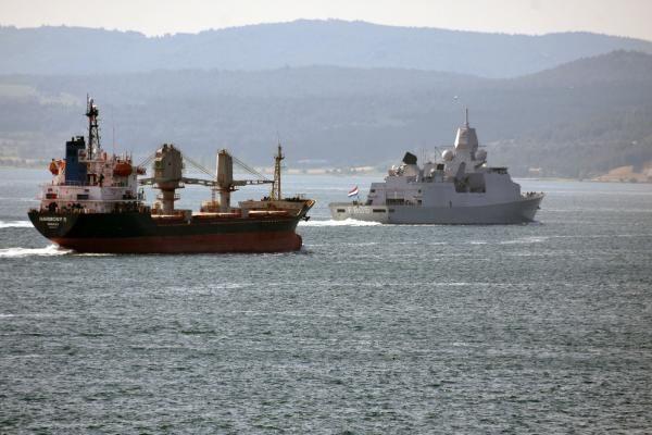 Hollanda savaş gemisi 'HNLMS Evertsen', Çanakkale Boğazı'ndan geçti - Sayfa 2