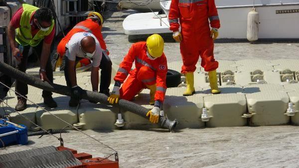 Çanakkale'de ilk gün denizden 17 ton müsilaj çekildi - Sayfa 4