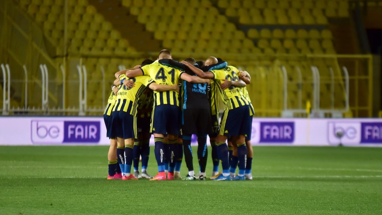 Fenerbahçe'de 10 yıldıza teklif!