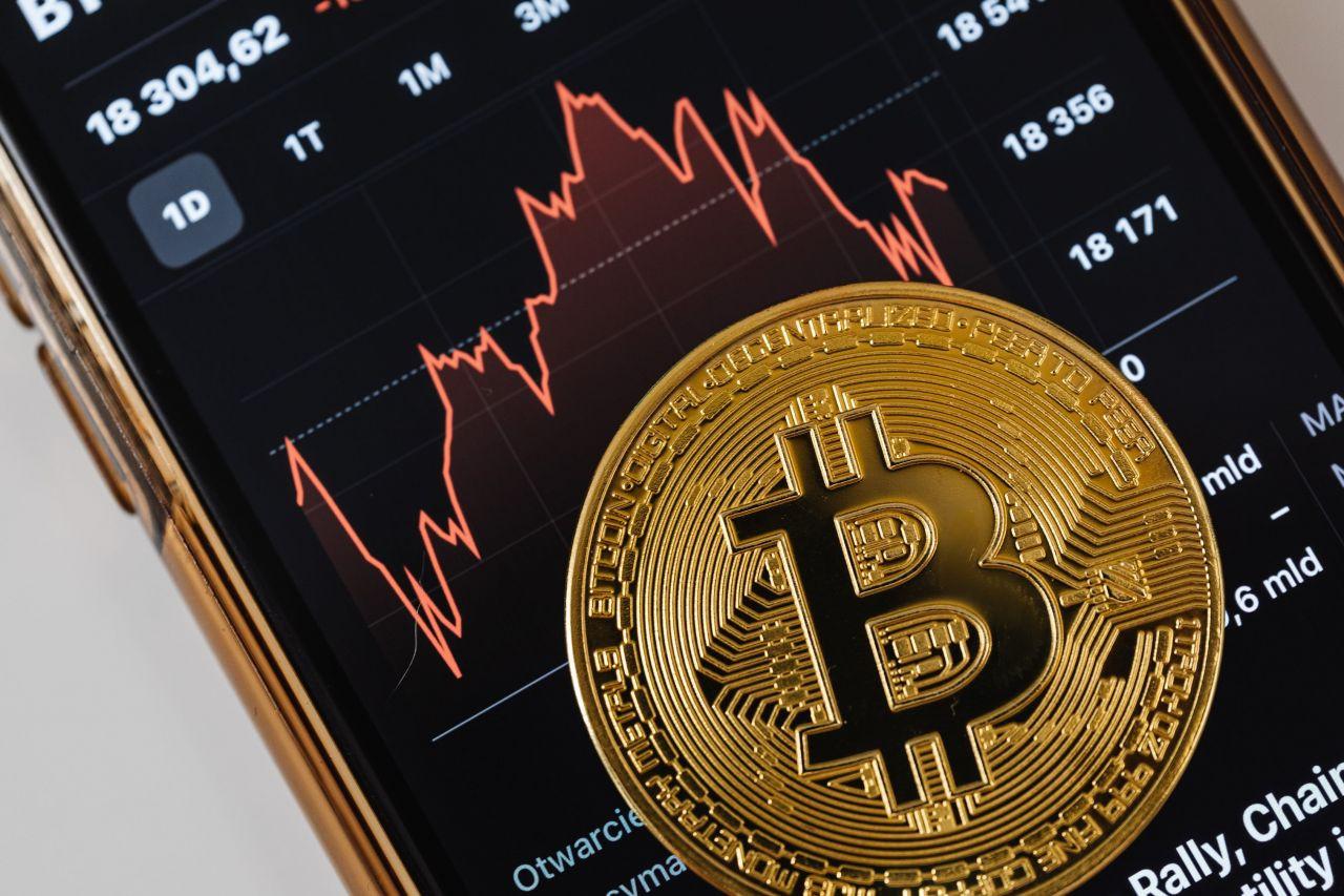 Kripto parada piyasa hacmi 1.5 trilyon doların altında - Sayfa 1