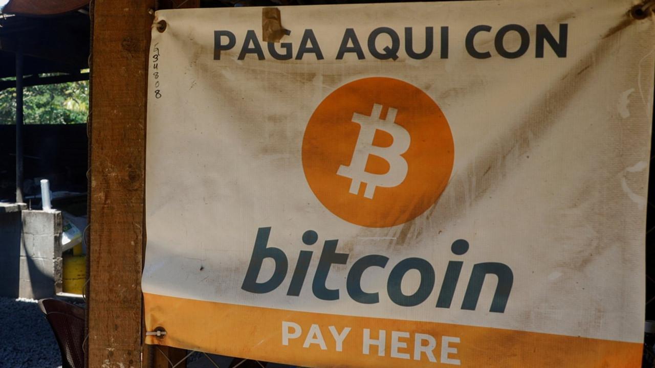 El Salvador'da yeni dönem: Bitcoin ilk kez bir ülkenin resmi parası oldu