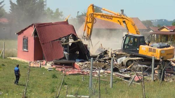 Çatalca'da hazine arazilerine yapılan kaçak evler yıkıldı - Sayfa 3