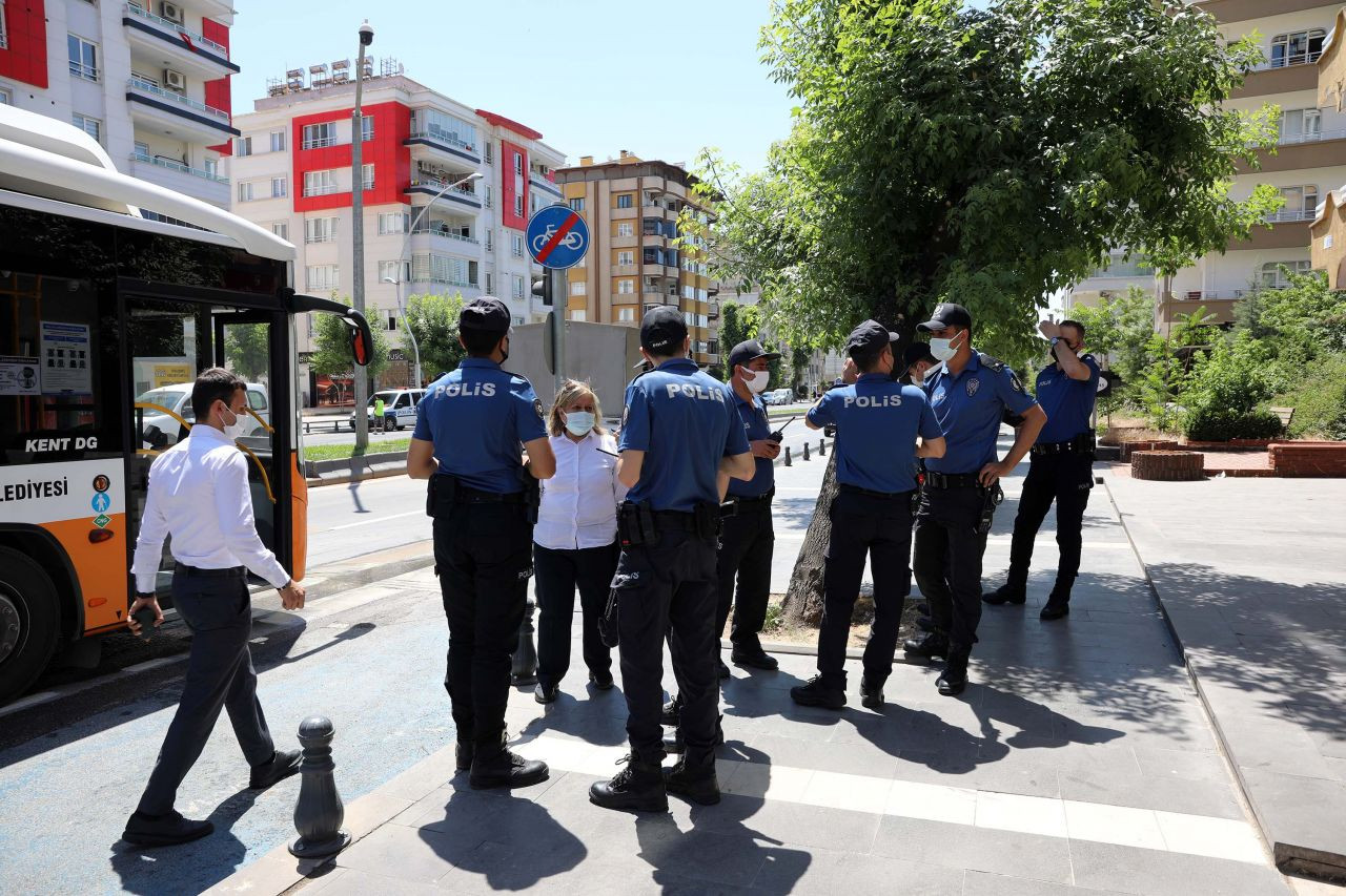 Belediye otobüsü, hareket halindeyken alev aldı - Sayfa 3