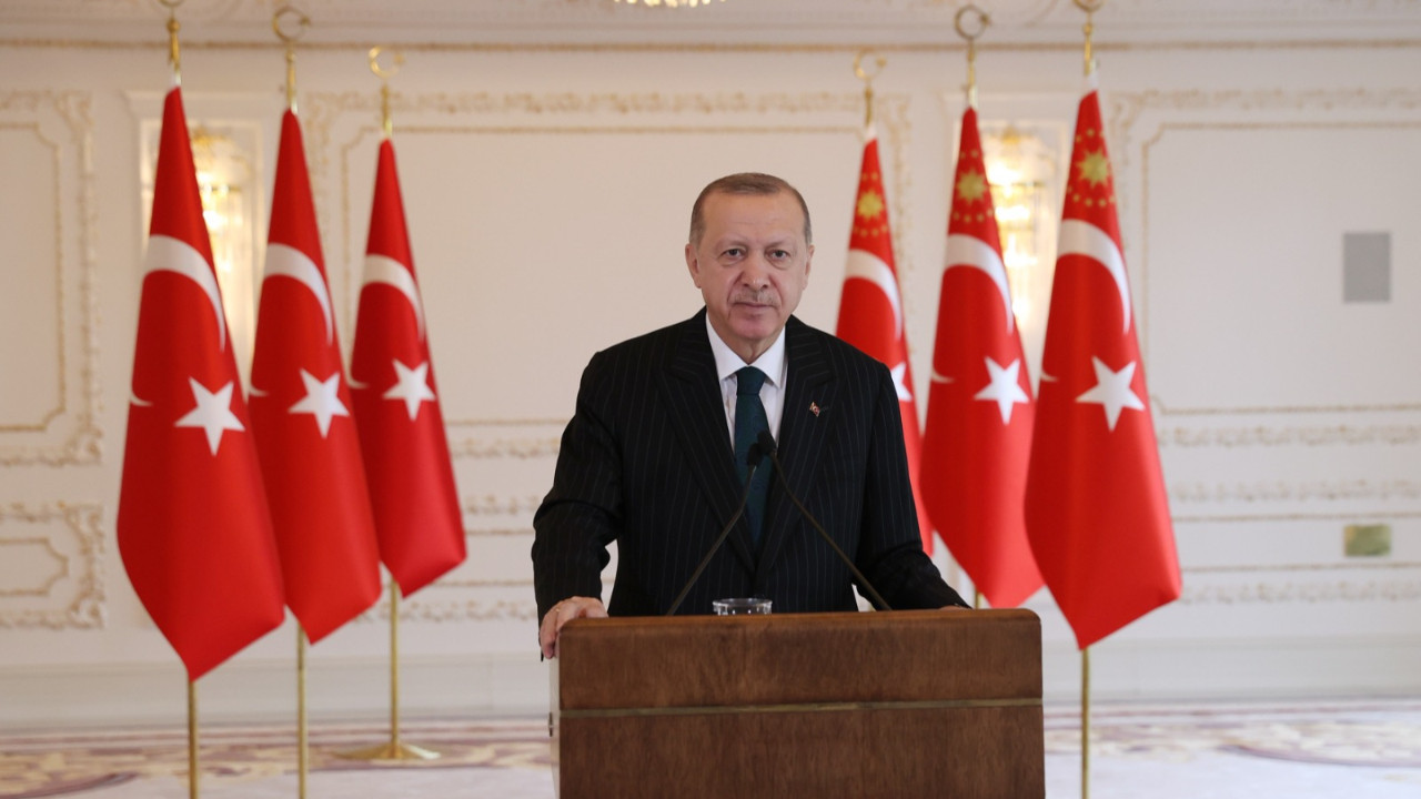 Cumhurbaşkanı Erdoğan: Coğrafyamızı mankurtlardan kurtarabildiğimiz ölçüde hedefimize yaklaşabiliriz