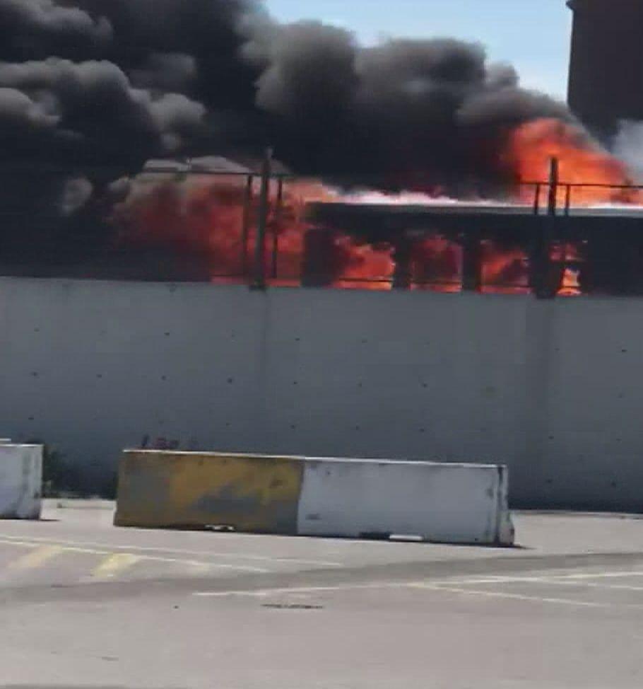 Bayrampaşa'da İETT otobüsü alev alev yandı! - Sayfa 3