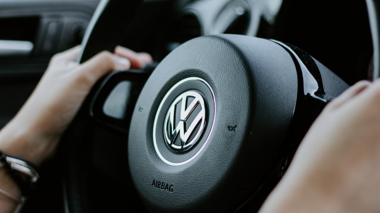 Volkswagen'in eski CEO'ları, şirkete toplam 288 milyon euro tazminat ödeyecek