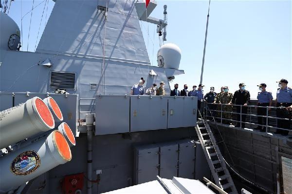 'Atmaca' hedefi tam isabetle vurdu, Milli Savunma Bakanı Akar büyük sevinç yaşadı - Sayfa 2