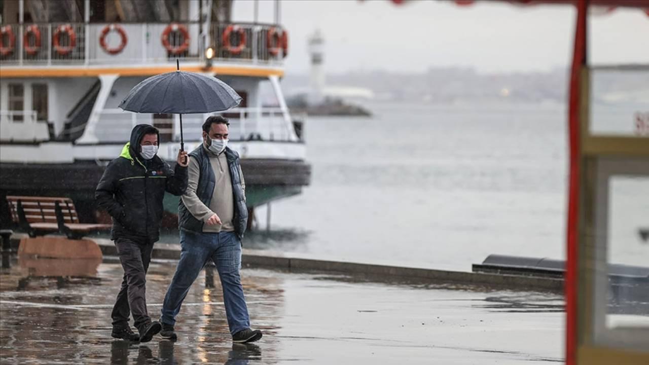 İstanbul'a kuvvetli sağanak geliyor: Saat belli oldu!