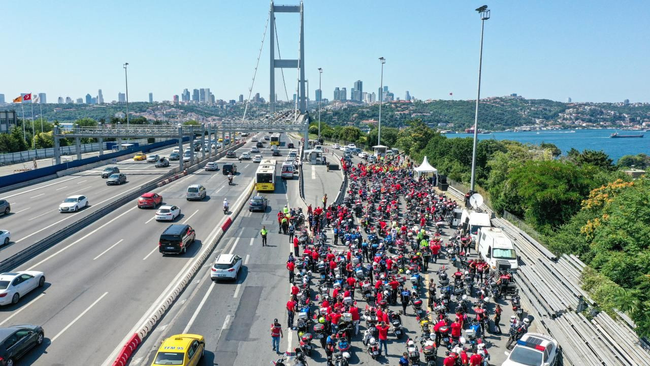 İstanbul'da motosikletçiler 15 Temmuz şehitleri için konvoy oluşturdu - Sayfa 2