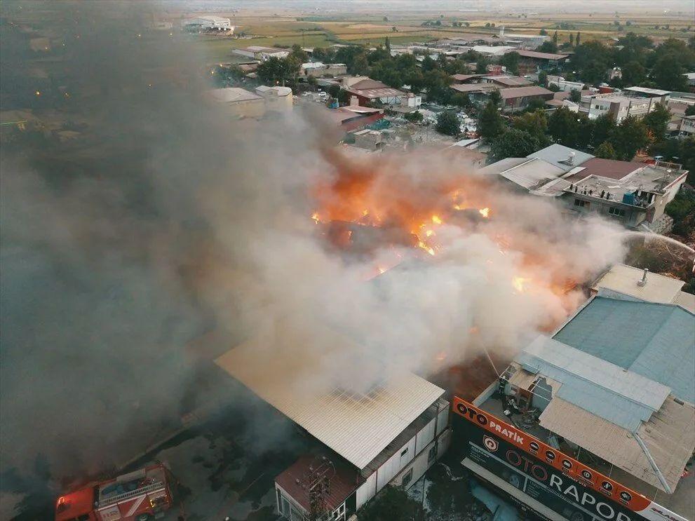 Kahramanmaraş'taki fabrika yangını 5 tesise sıçradı - Sayfa 4