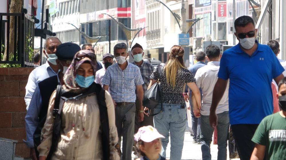 İstanbul İl Sağlık Müdürü Memişoğlu: Vaka sayısında artışlar saptanıyor - Sayfa 4