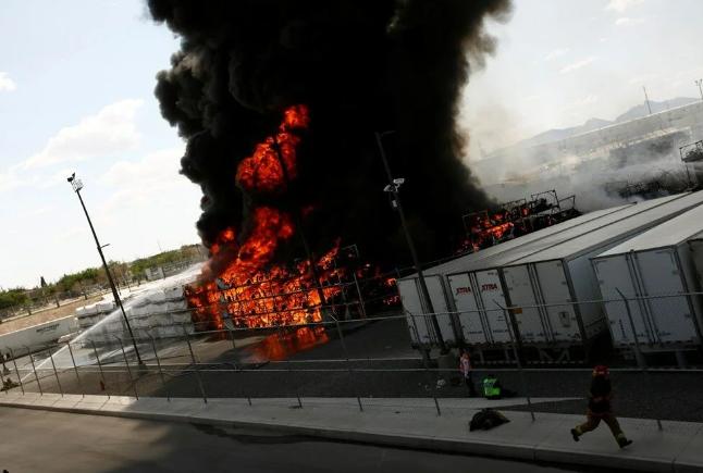 Meksika'da otomobil fabrikasında patlama: Yangın çıktı - Sayfa 4
