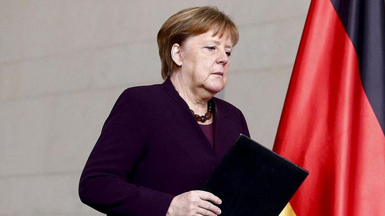 """Angela Merkel'den """"Türkiye"""" açıklaması"""