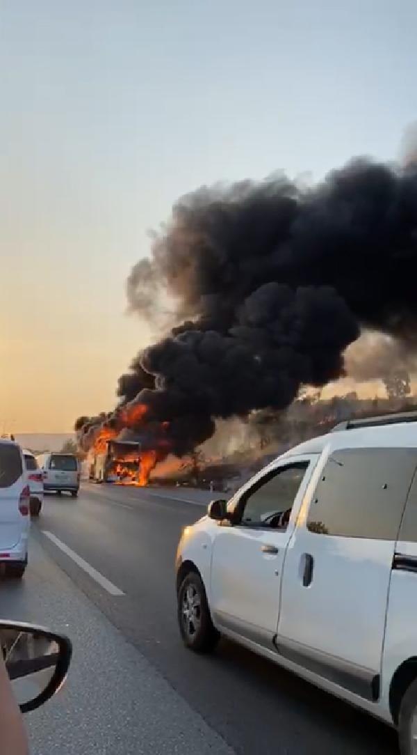 Mersin'de büyük bir faciadan dönüldü; Seyir halindeki yolcu otobüsü yandı - Sayfa 3