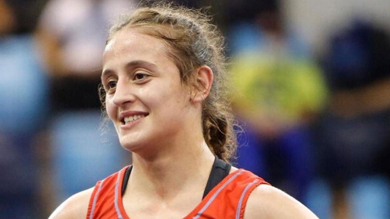 Selvi İlyasoğlu, yıldızlarda dünya şampiyonu oldu