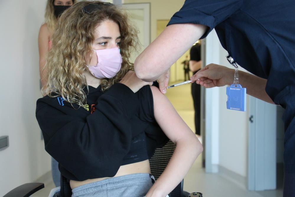 Çalışanların yüzde 55'i aşı olmayanlarla aynı işyerinde çalışmak istemiyor - Sayfa 1