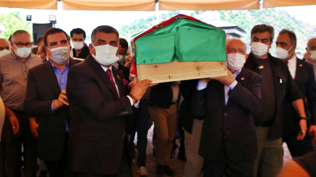 Kılıçdaroğlu'nun teyzesi, Tunceli'de son yolculuğa uğurlandı