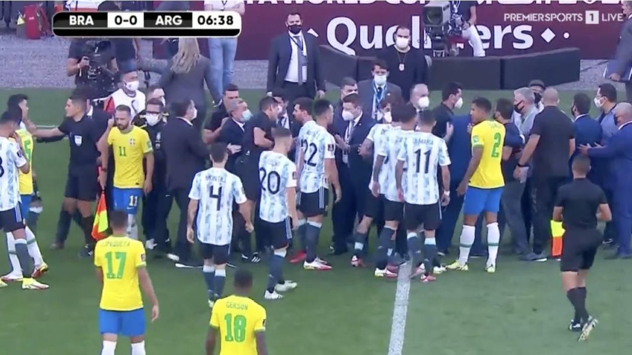 Arjantin sahadan çekildi!