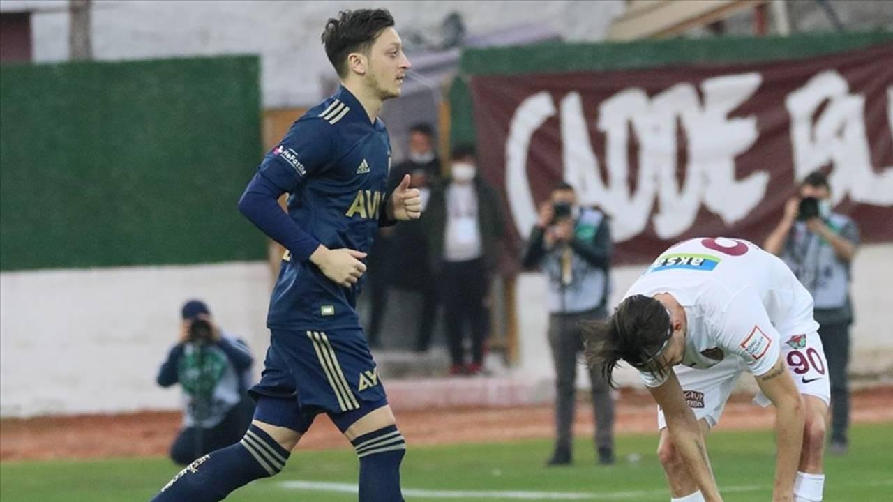 Fenerbahçe'de Mesut Özil bilmecesi çözülüyor
