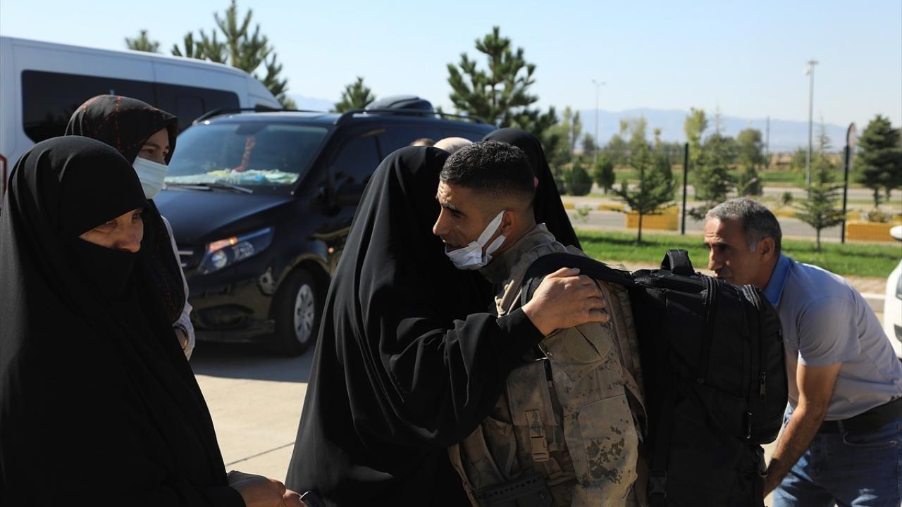 Komandolar dualarla Suriye'ye uğurlandı - Sayfa 3