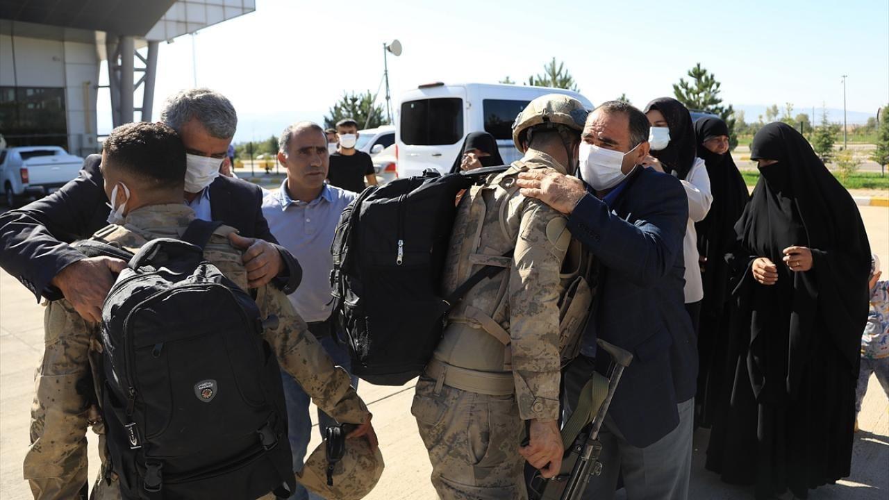 Komandolar dualarla Suriye'ye uğurlandı - Sayfa 4