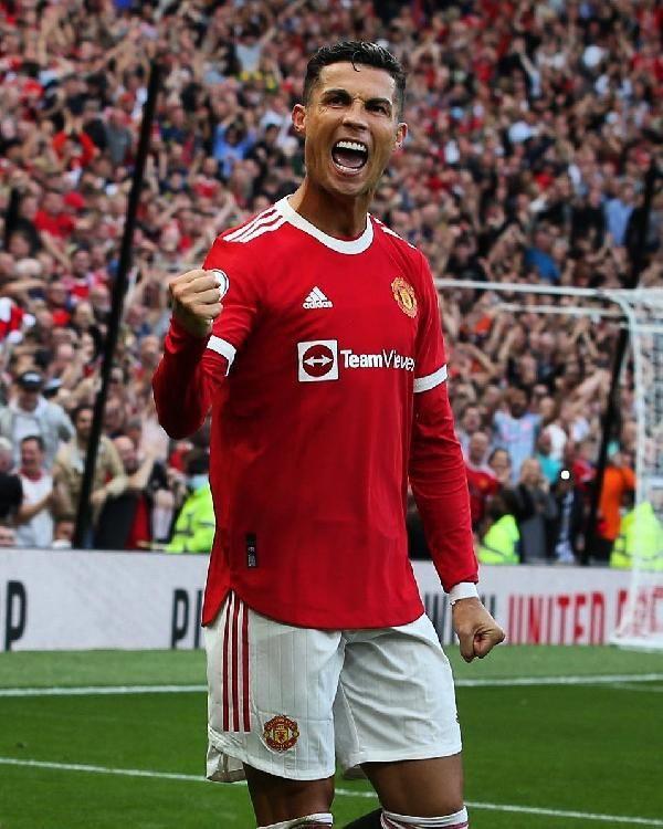 Ronaldo 2 golle döndü, Manchester United kazandı - Sayfa 4