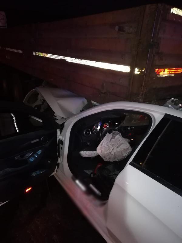 TIR'a çarpan otomobildeki üç kardeşten biri polis 2'si öldü, 1'i ağır yaralandı - Sayfa 4