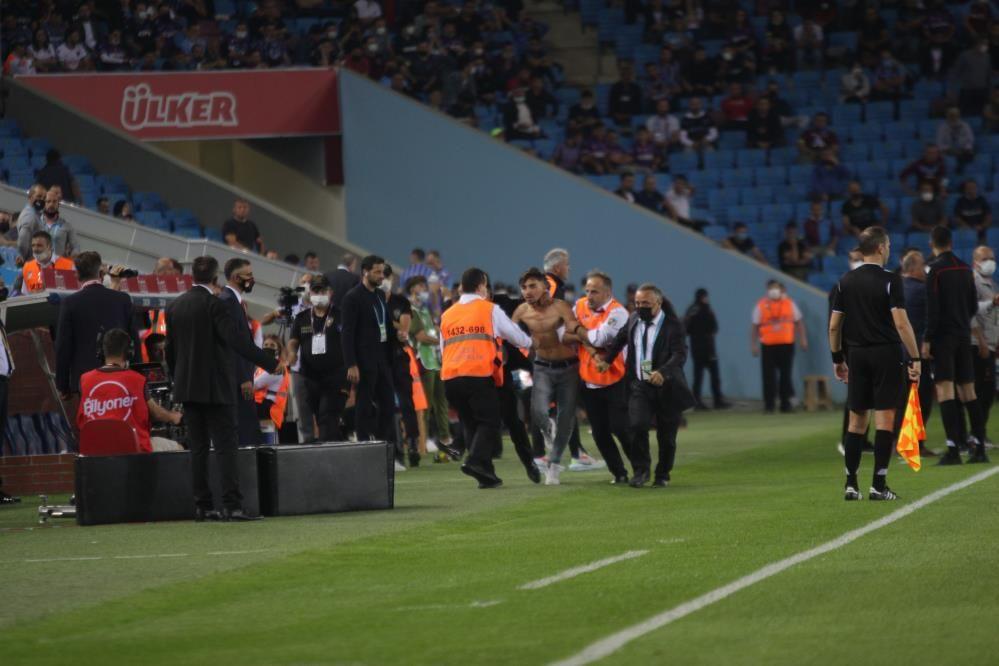 Trabzonspor-Galatasaray maçında olay! - Sayfa 2