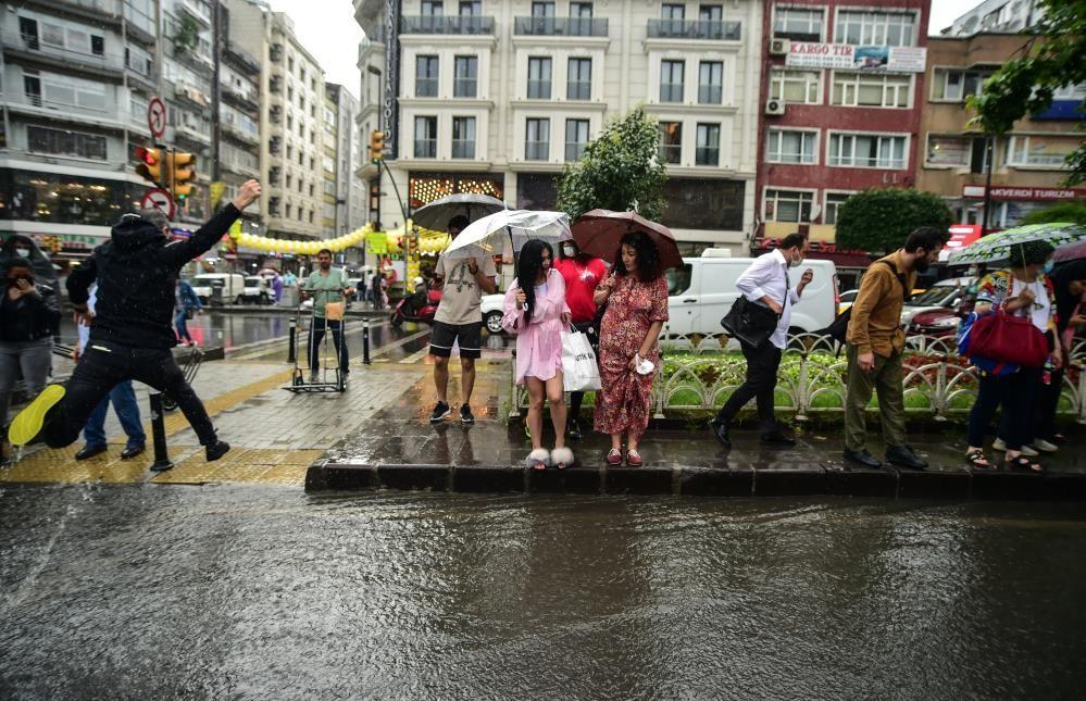 Meteoroloji bölge bölge uyardı! İstanbul dahil 49 ilde gök gürültülü yağış uyarısı - Sayfa 4