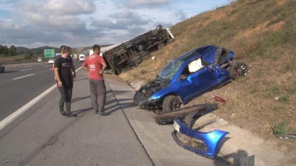 Kuzey Marmara Otoyolu'nda feci kaza; TIR otomobili ezdi - Sayfa 1