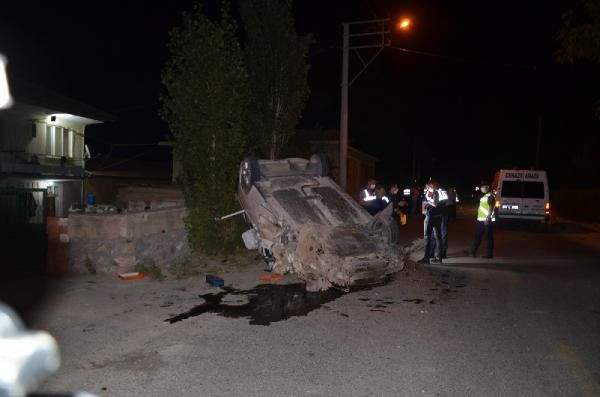 Kamyonet ile hafif ticari araç çarpıştı: 1 ölü, 2 yaralı - Sayfa 3