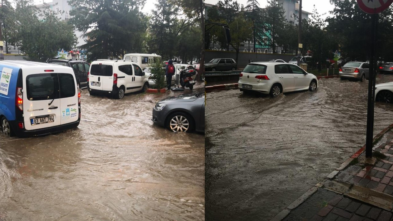 Yağış nedeniyle trafik durma noktasına geldi