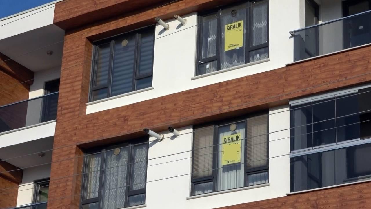 Ev sahipleri 'emlakçıyım' diyerek komisyon alıyor