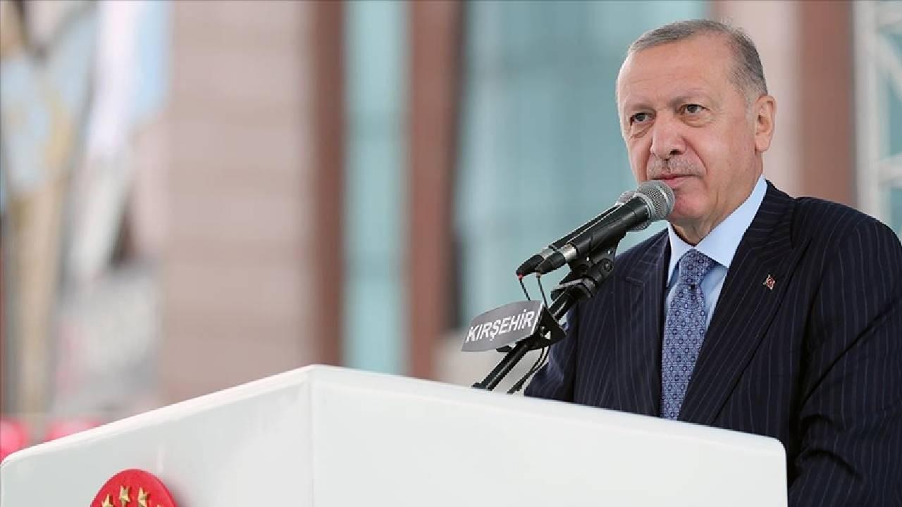 Cumhurbaşkanı Erdoğan: Enflasyonu düşüreceğiz fahiş fiyatı durduracağız