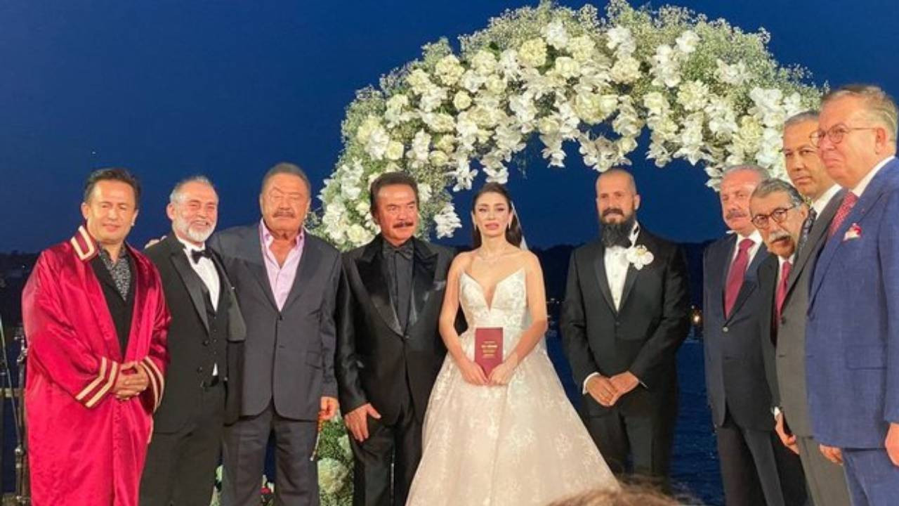 Orhan Gencebay'ın oğlu Gökhan Gencebay Seda Han Özmen ile evlendi