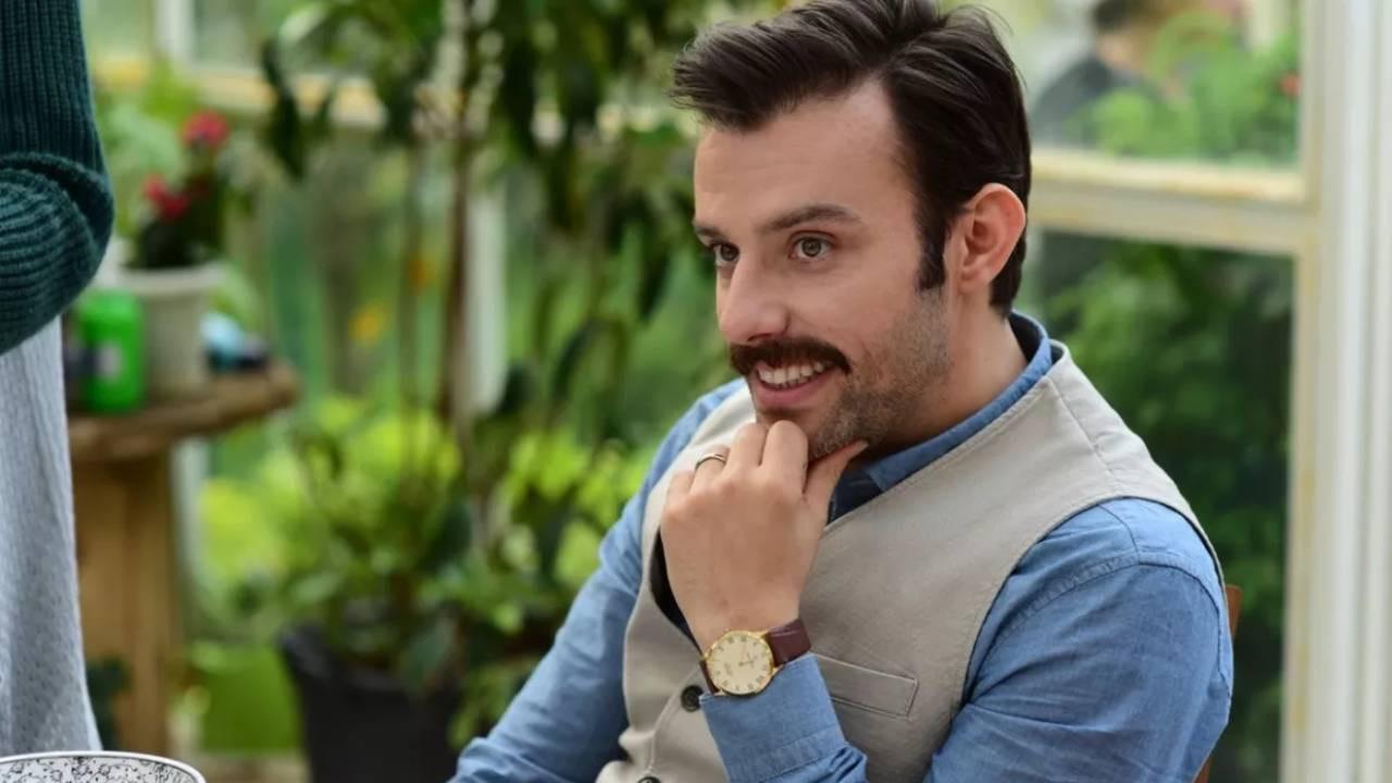 Show TV Yalancı'nın Mehmet'i Salih Bademci meğer eşiyle aynı dizideymiş!