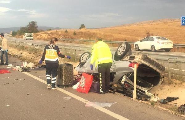 Üniversiteye kayıt yolunda kahreden kaza: Sürücü öldü, eşi ve 2 çocuğu yaralı - Sayfa 2