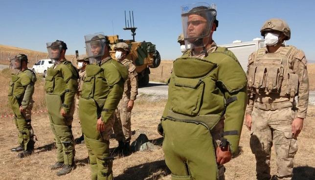 İran sınırında zorlu görev: Mayın temizleme - Sayfa 1