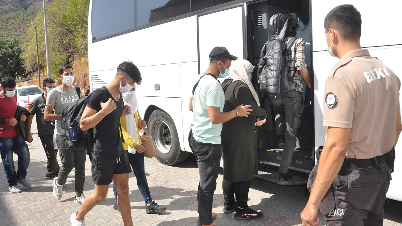 Datça açıklarında 48 kaçak göçmen yakalandı