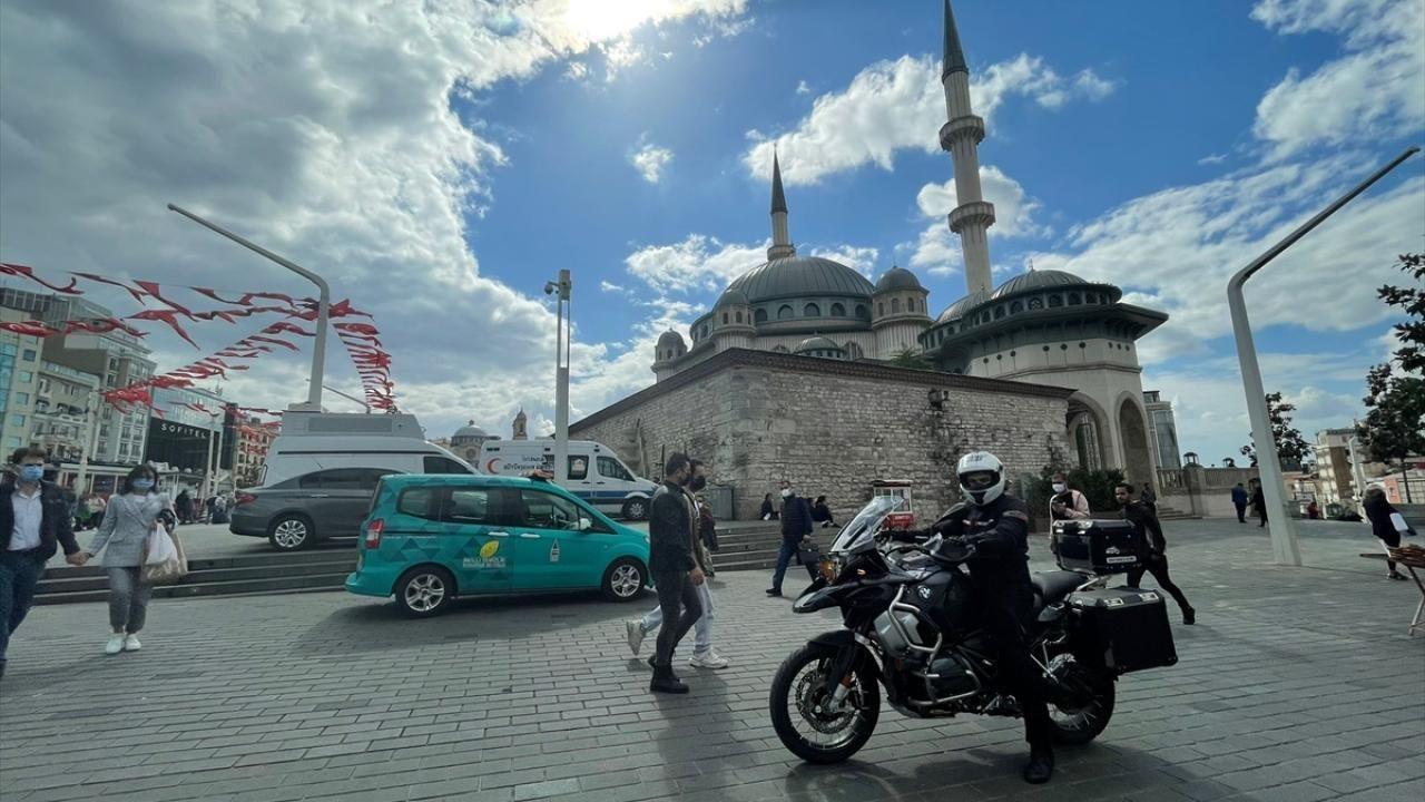 Taksim Camii'nin motosikletli imamı - Sayfa 4