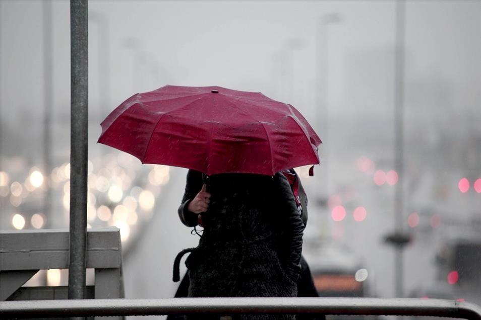Marmara ve Ege'de kuvvetli sağanak ve fırtına var - Sayfa 1
