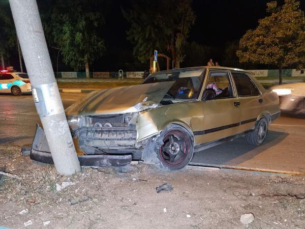 Polisten kaçarken kaza yaptı; otomobilinde tabanca ele geçirildi - Sayfa 1