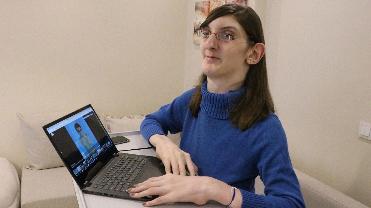 """""""Dünyanın en uzun boylu kadını"""" Rumeysa Gelgi, Guinness Rekorlar Kitabı'na girdi"""