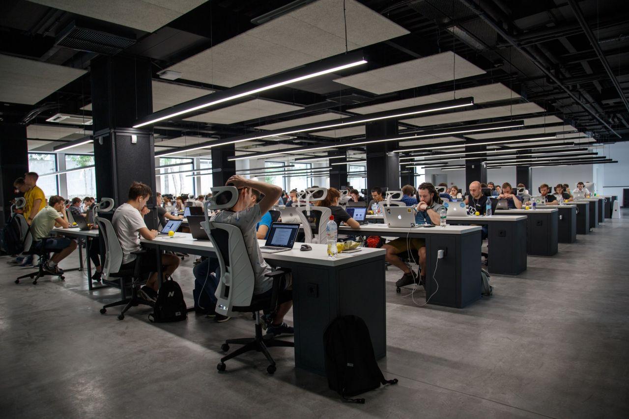 Maaşlar 7 bin TL'den başlıyor: E-ticaret sektörüne 1 milyon kişi aranıyor - Sayfa 1