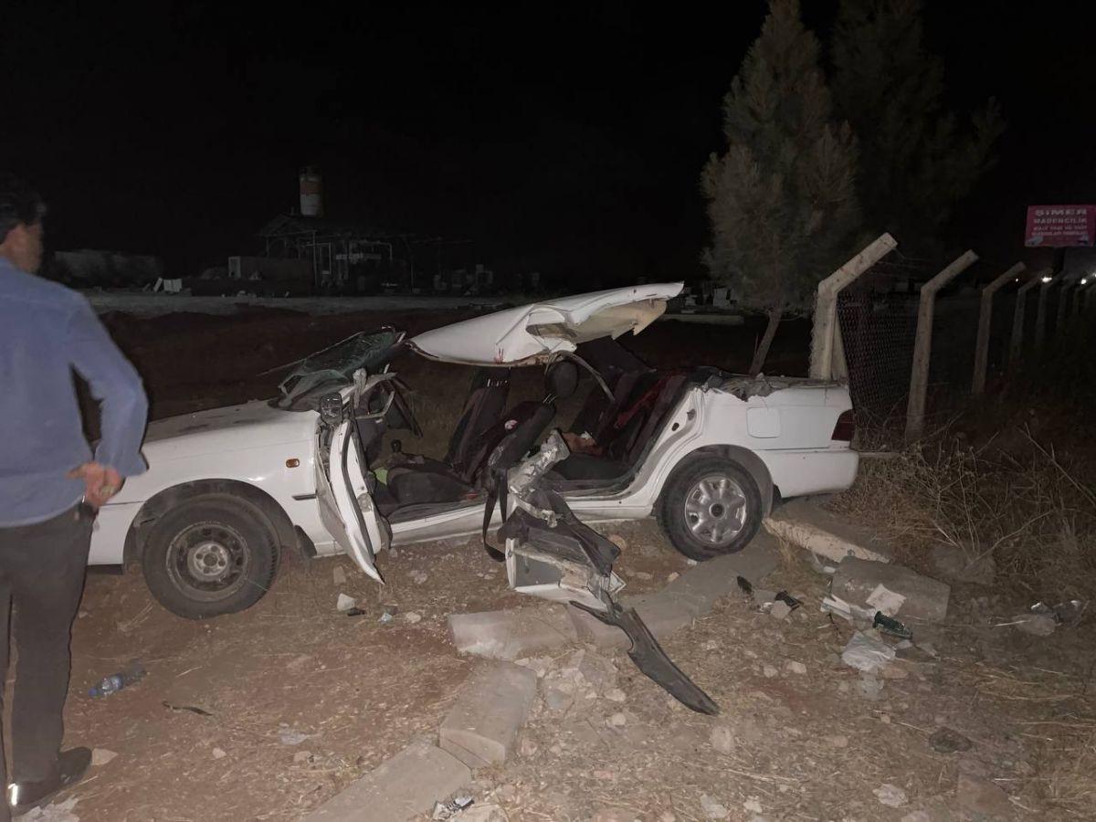 Şanlıurfa'da kepçe otomobili biçti: 2 ölü 7 yaralı - Sayfa 1